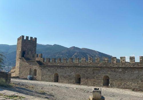 крепость в крыму